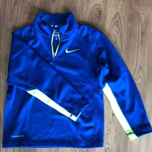 Nike boys sizeS therma-fit quarter zip sweatshirt